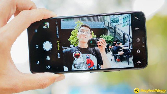 """""""Lộ diện"""" smartphone màn hình """"tai thỏ"""" 5,99 triệu của Vivo do Thế Giới Di Động độc quyền phân phối - Ảnh 2."""