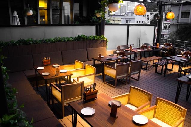 The Rooftop BBQ – Hương vị Âu Mỹ hoàn hảo gữa lòng Sài Gòn - Ảnh 1.
