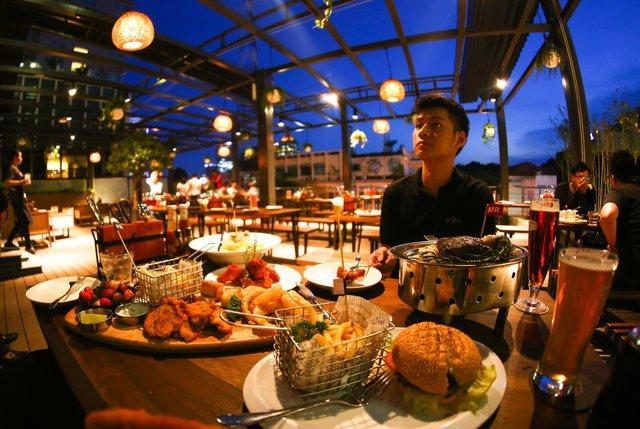 The Rooftop BBQ – Hương vị Âu Mỹ hoàn hảo gữa lòng Sài Gòn - Ảnh 4.