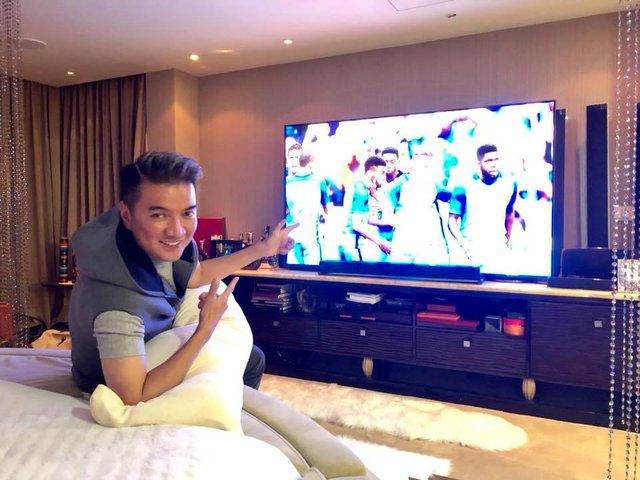 Đàm Vĩnh Hưng khoe TV hàng khủng để xem World Cup 2018 - Ảnh 5.