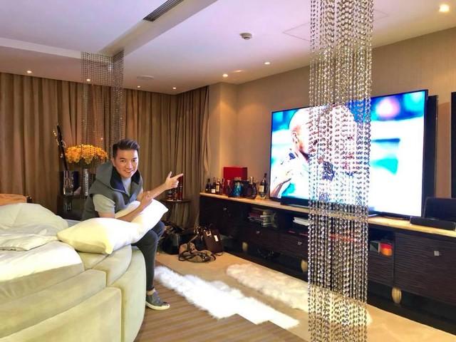 Đàm Vĩnh Hưng khoe TV hàng khủng để xem World Cup 2018 - Ảnh 6.