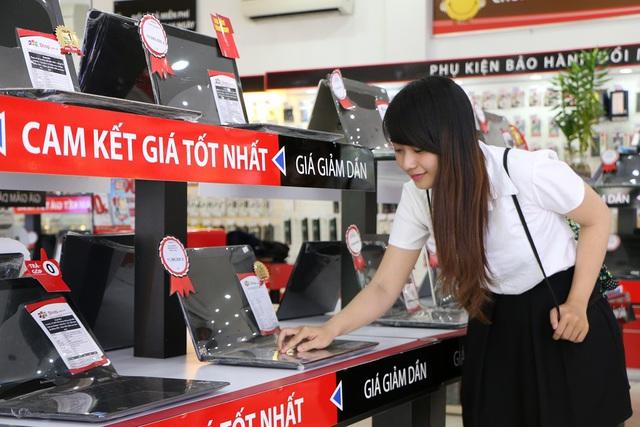 Chọn mua laptop tại FPT Shop, 100% khách hàng có cơ hội sở hữu Windows 10 và Office bản quyền