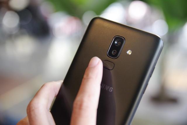 Trải nghiệm Galaxy J8: mang cái hồn của Galaxy S9, đẹp gọn gàng, giá hơn 7 triệu - Ảnh 4.