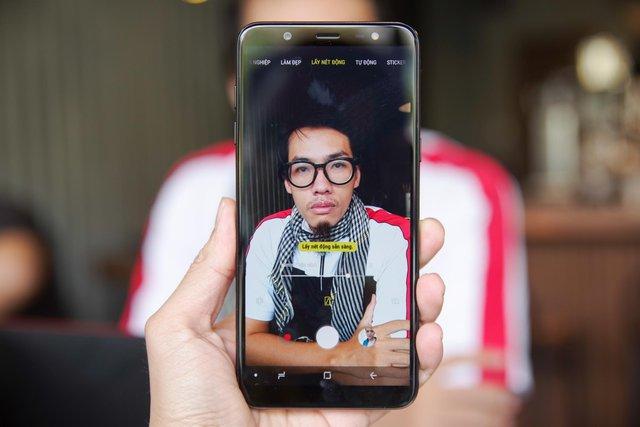Trải nghiệm Galaxy J8: mang cái hồn của Galaxy S9, đẹp gọn gàng, giá hơn 7 triệu - Ảnh 6.