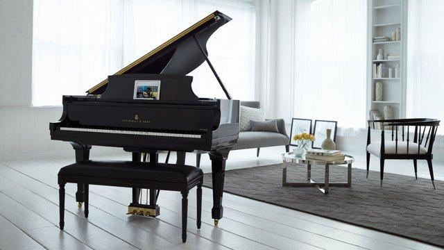 Steinway & Sons Spirio: Cây đàn piano tự động chơi có độ phân giải cao đầu tiên trên thế giới - Ảnh 1.
