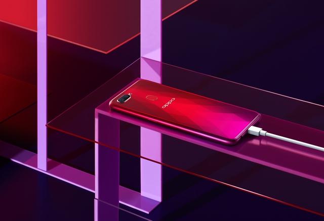 Những lý do khiến bạn không thể bỏ lỡ chiếc smartphone luôn tràn đầy năng lượng OPPO F9 - Ảnh 2.