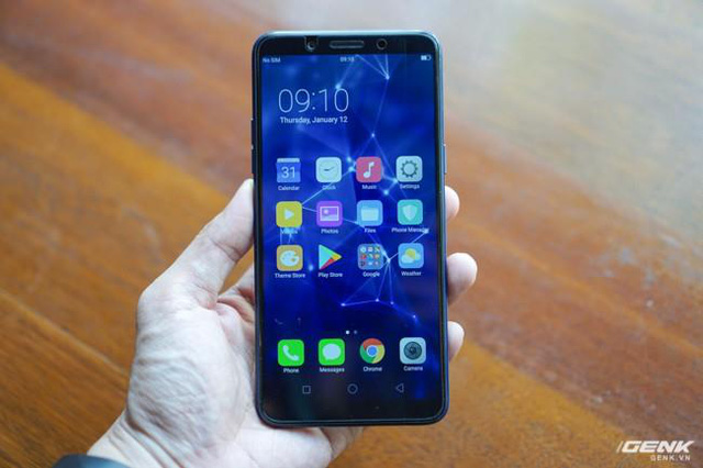 Cùng nhìn lại lịch sử màn hình smartphone tầm trung để thấy màn hình giọt nước trên Oppo F9 ưu việt thế nào - Ảnh 4.