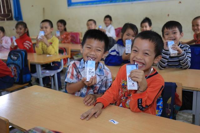Doanh nhân Thái Hương và cuộc cách mạng về sữa học đường - Ảnh 1.