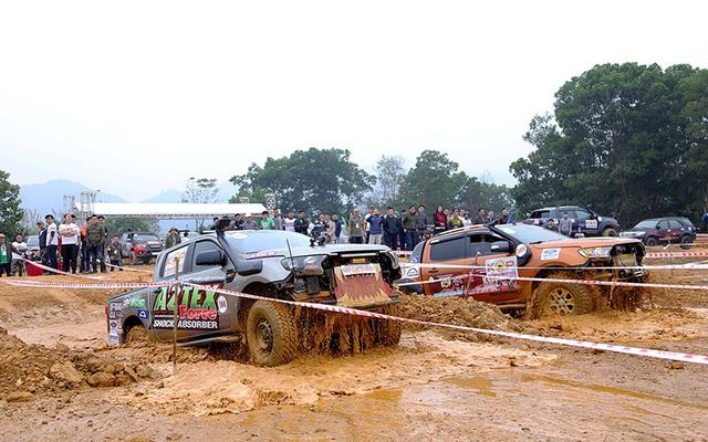 Điều gì khiến Ford Ranger thành công trên thị trường Việt Nam? - Ảnh 4.