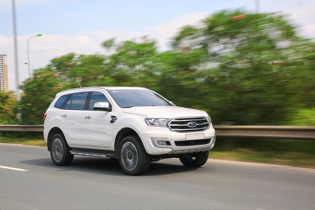 Khám phá Ford Everest mới tại Triển lãm ô tô Việt Nam 2018: SUV 7 chỗ hút khách - Ảnh 3.