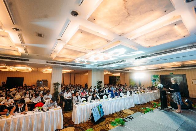 Học viện Blackmores đưa kiến thức khoa học mới nhất từ Úc đến Việt Nam - Ảnh 2.