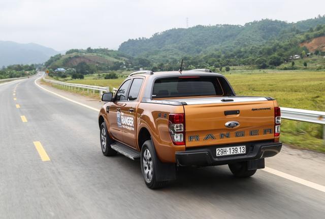Khám phá những ưu, nhược điểm của Ford Ranger Wildtrak 2.0 bi-turbo 2018 - Ảnh 1.