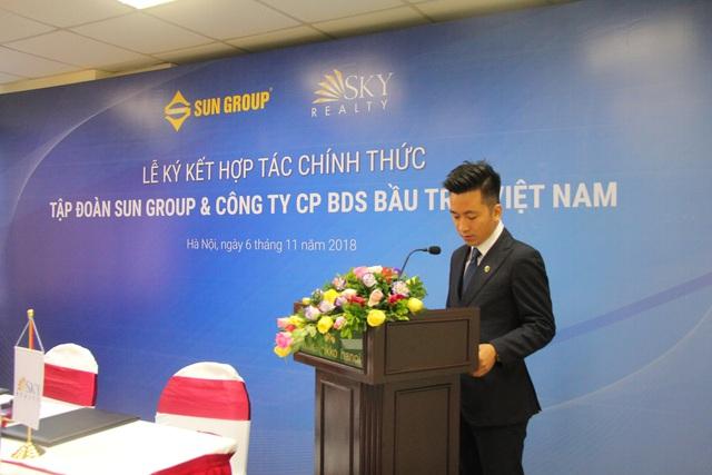 Lễ ký kết hợp tác chính thức Tập đoàn Sun Group và công ty BĐS bầu trời Việt Nam Sky Realty - Ảnh 1.