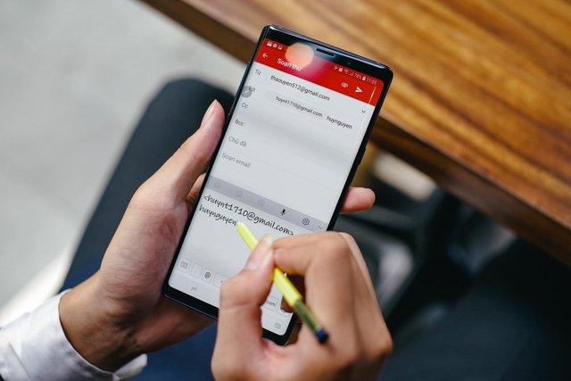 Đừng nói smartphone khiến bạn xao nhãng công việc, thực tế chứng minh điều ngược lại - Ảnh 1.