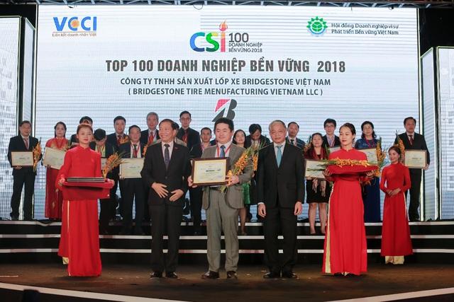Bridgestone Việt Nam được vinh danh Top 10 Doanh nghiệp phát triển bền vững lĩnh vực Thương mại – Dịch vụ