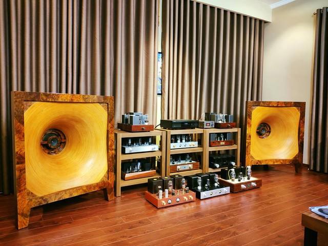 Độc đáo thú chơi thiết bị nghe nhìn của Audiophile Trương Vĩnh Khang - Ảnh 1.