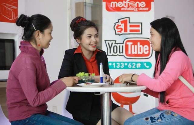 Trận chiến khốc liệt của Viettel trên thị trường viễn thông Campuchia - Ảnh 2.