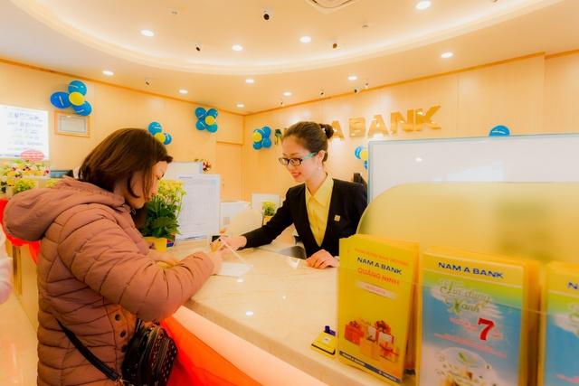 Nam A Bank khai trương chi nhánh đầu tiên tại tỉnh Quảng Ninh - Ảnh 2.