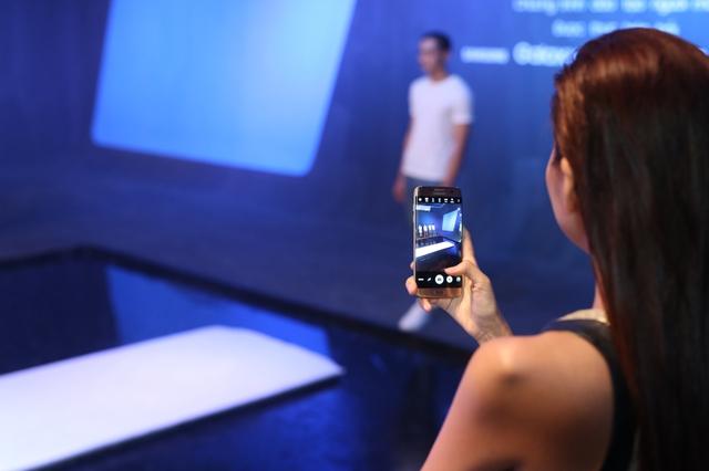 Siêu phẩm Samsung Galaxy S7 Edge khoe dáng dưới mưa - Ảnh 9.