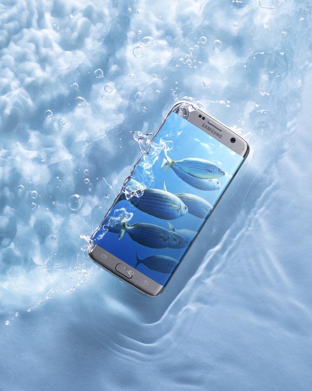 """Bộ tứ Galaxy S7 Edge"""" hóa thân thành báu vật đại dương - Ảnh 3."""