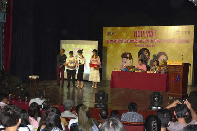 SCTV mời sao khủng TVB giao lưu cùng hàng trăm sinh viên - Ảnh 4.