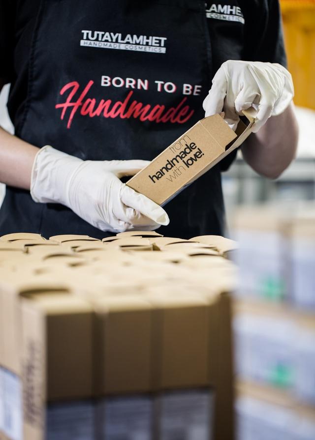 Không cần phải order mỹ phẩm handmade xa xôi nữa khi Việt Nam đã có xưởng sản xuất cực chuyên nghiệp - Ảnh 7.