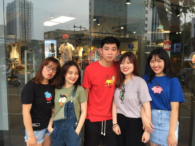 Hot girl ngoại ngữ Khánh Vy, vlogger đanh đá Tun Phạm tạo trend mới cùng áo phông T-Vịt siêu đáng yêu - Ảnh 10.