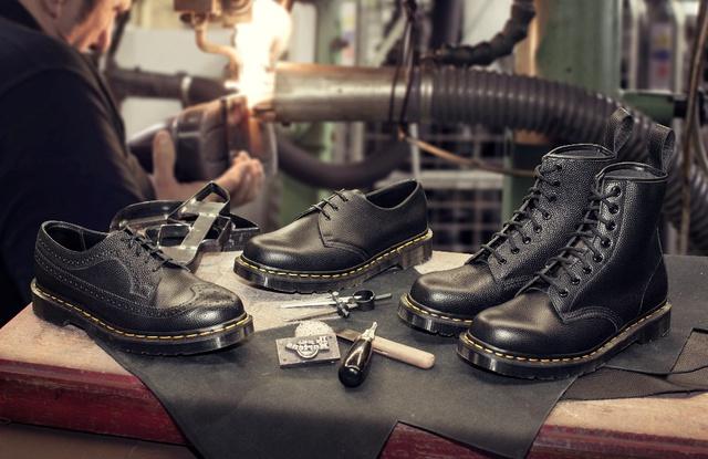 Điểm danh các mẫu giày độc nhất của Dr. Martens khiến giới mê giày phát cuồng - Ảnh 1.