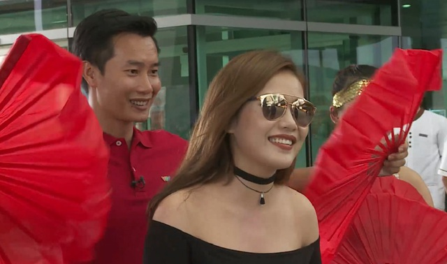 Bị bắt cóc giữa sân bay Phú Quốc, Milan Phạm vẫn cười tươi - Ảnh 2.