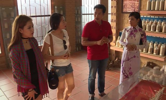 Bị bắt cóc giữa sân bay Phú Quốc, Milan Phạm vẫn cười tươi - Ảnh 3.