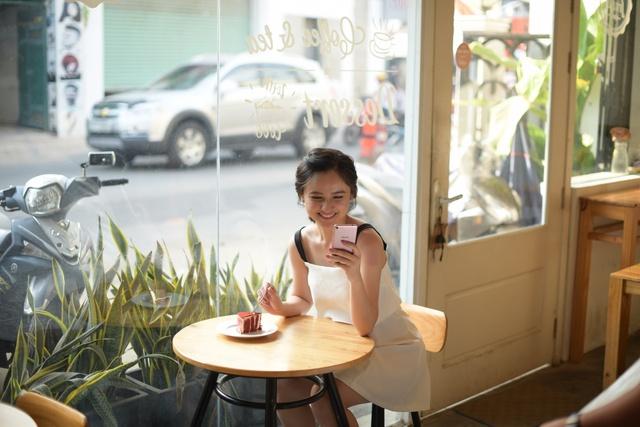 """Ngắm bộ ảnh hot girl """"chưa 18"""" Mai Tây cực xinh cùng Asus ZenFone Live - Ảnh 3."""