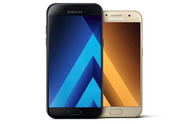Nhìn Galaxy A qua từng năm, để thấy Samsung đang dẫn đầu trong thiết kế smartphone cận cao cấp - Ảnh 1.