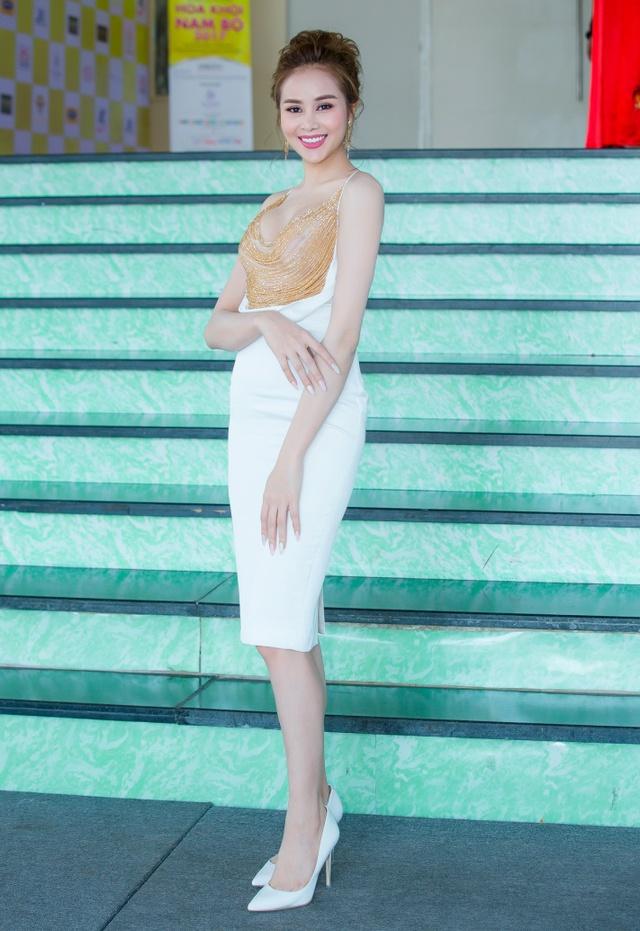 Hoa hậu Sella Trương cùng đạo diễn Lê Cung Bắc làm giám khảo tuyển chọn Hoa khôi Nam Bộ - Ảnh 9.