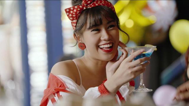 """Cùng """"soi"""" 50 sắc thái đáng yêu của Tronie Ngô và Trọng Hiếu trong MV mới - Ảnh 6."""
