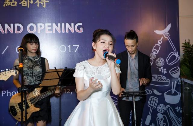 Dàn sao Việt hội ngộ tại buổi khai trương chi nhánh 4 nhà hàng Dim Tu Tac Sài Gòn - Ảnh 4.