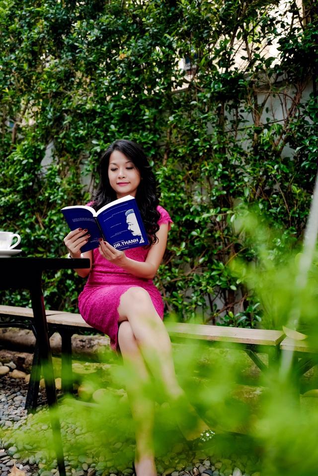 Ái nữ nhà Tân Hiệp Phát và câu chuyện 10 năm chắt chiu viết sách tặng cha - Ảnh 2.