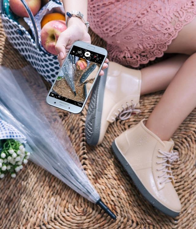"""Galaxy A5 2017 Xanh Pastel lên kệ, biệt đội """"chống nước"""" của Samsung có thêm 1 thành viên - Ảnh 4."""