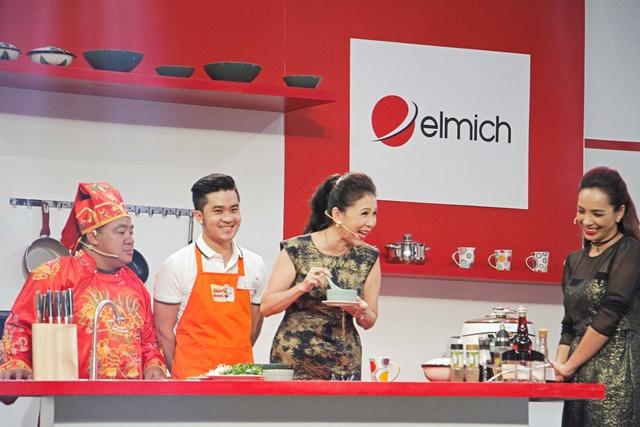 NSƯT Kim Xuân hạnh phúc khi cùng nấu ăn với người hâm mộ - Ảnh 1.
