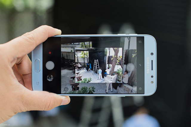 Mua điện thoại tầm giá 7 triệu: Đây là lý do bạn nên chọn Samsung J7 Pro - Ảnh 3.