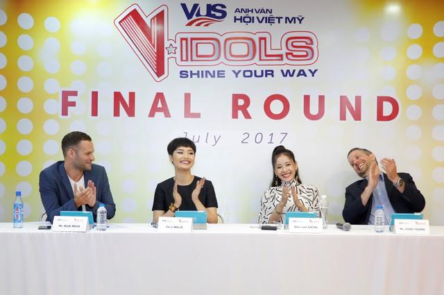 Miu Lê và Chi Pu cười sảng khoái trên ghế nóng V-Idols - Ảnh 10.