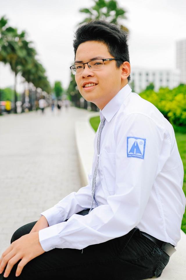 Trần Trung Hiếu: Chàng thủ khoa chuyên Hóa đẹp trai, đa tài của trường THPT Chuyên Hà Nội - Amsterdam - Ảnh 8.