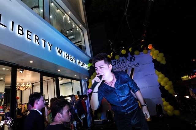 Diễn viên Sống chung với mẹ chồng dự khai trương showroom mới của Liberty Wings  - Ảnh 5.