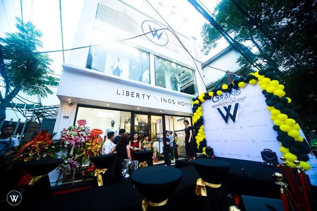 Diễn viên Sống chung với mẹ chồng dự khai trương showroom mới của Liberty Wings  - Ảnh 11.
