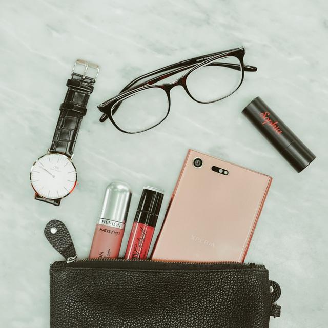 Ngắm vẻ sexy vạn người mê của Xperia XZ Premium Bronze Pink - Ảnh 2.