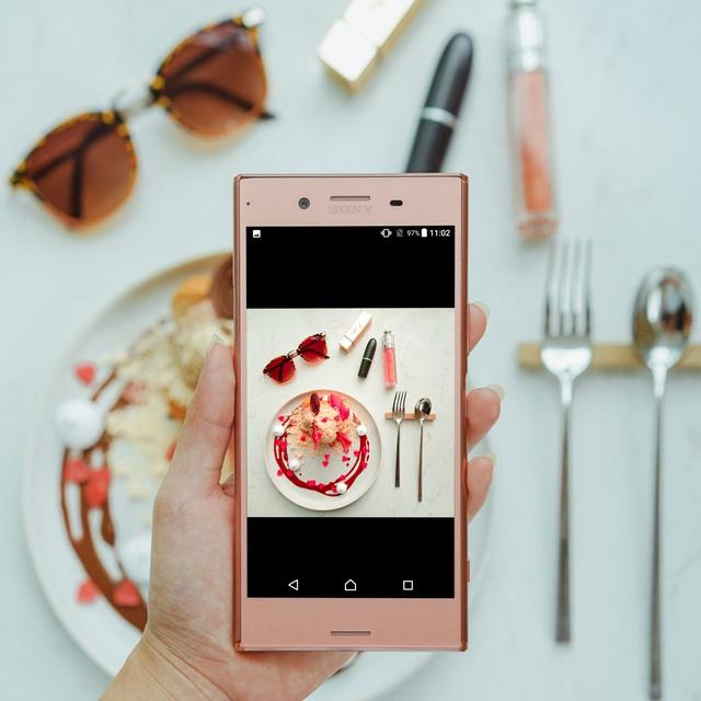 Ngắm vẻ sexy vạn người mê của Xperia XZ Premium Bronze Pink - Ảnh 4.