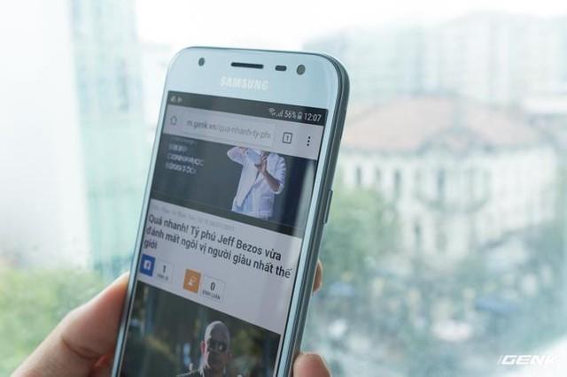 Trên tay Galaxy J3 Pro Xanh Ánh Bạc - Nét sang trọng được phổ cập cho phân khúc giá rẻ - Ảnh 9.