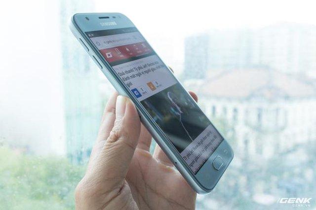 Trên tay Galaxy J3 Pro Xanh Ánh Bạc - Nét sang trọng được phổ cập cho phân khúc giá rẻ - Ảnh 10.