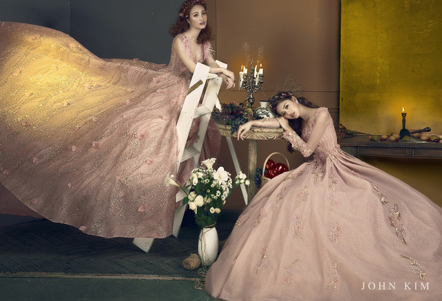 Á hậu Thanh Tú, Thụy Vân lạc vào xứ sở thần tiên với BST váy cưới cổ tích tuyệt đẹp - Ảnh 3.