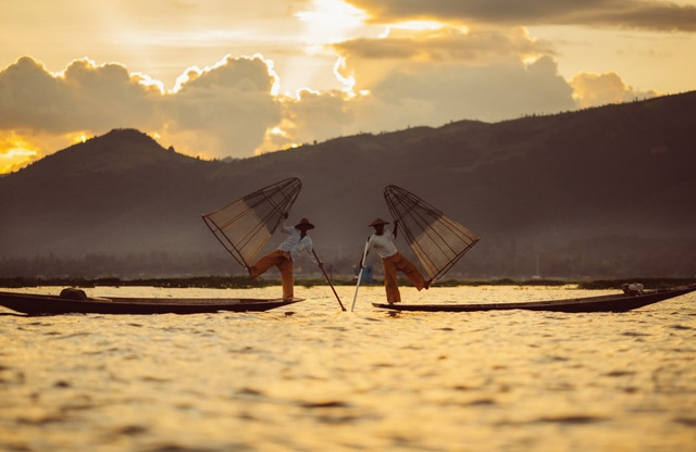 Trải nghiệm cuộc sống yên bình bên Hồ Inle - Đến một lần chẳng muốn rời xa - Ảnh 5.