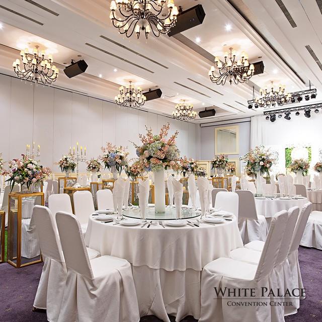 5 xu hướng trang trí không gian tiệc đẳng cấp nhất trong mùa cưới năm nay - Ảnh 12.